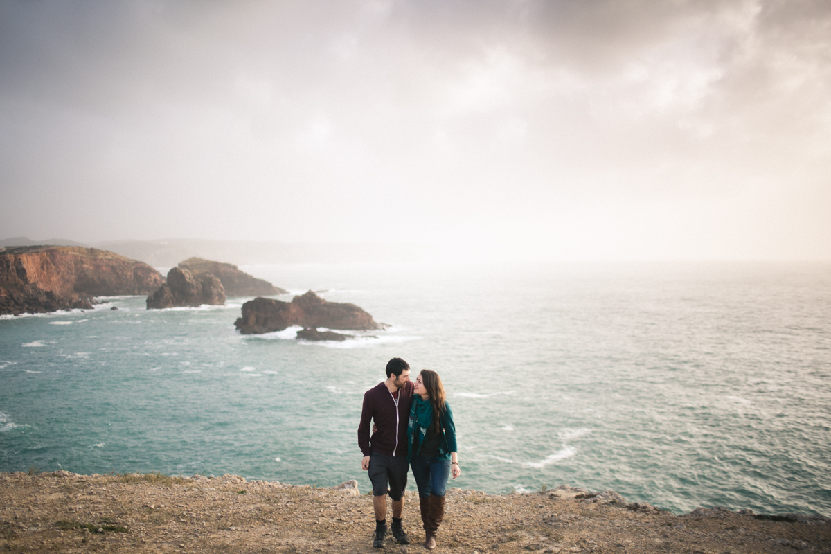 couple photographer portugal, portugal weding photographer, destination wedding photographer portugal, wedding photographer portugal, portugal wedding destination, western portugal couples, engagement shoot cabo da roco, engagment shoot algarve, engagement shoot bordeira