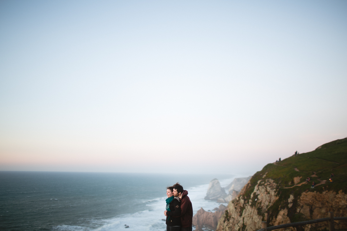 couple photographer portugal, portugal weding photographer, destination wedding photographer portugal, wedding photographer portugal, portugal wedding destination, western portugal couples, engagement shoot cabo da roco, engagment shoot algarve