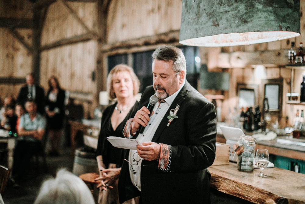 Ontario-barn-wedding