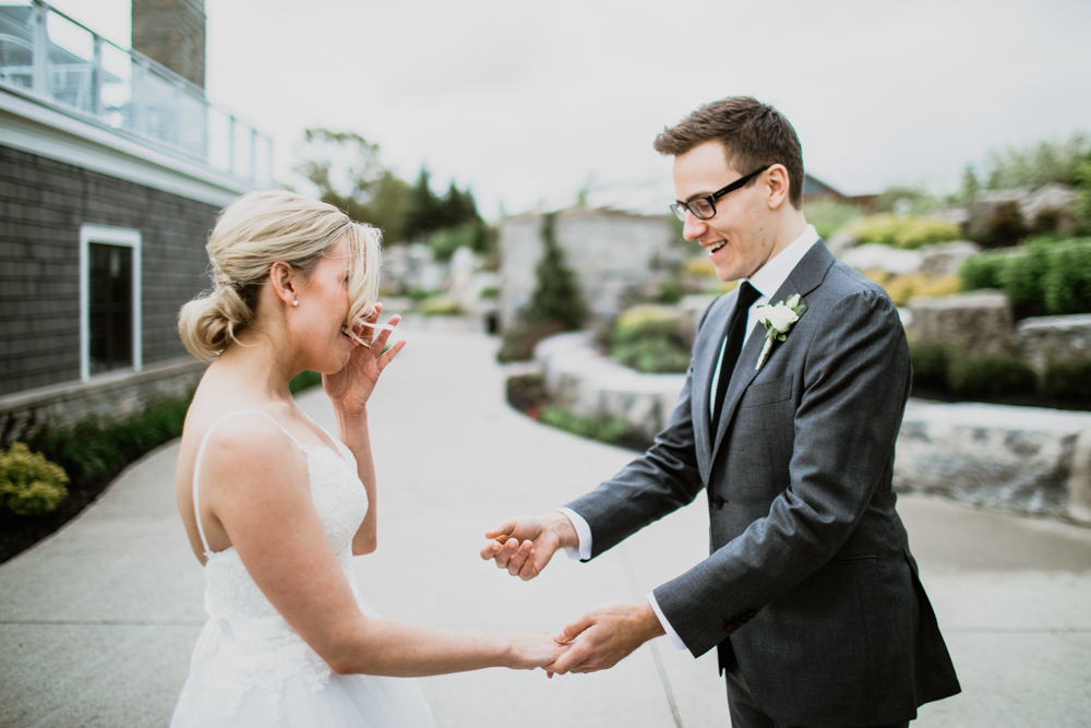Ottawa documentary wedding photographer