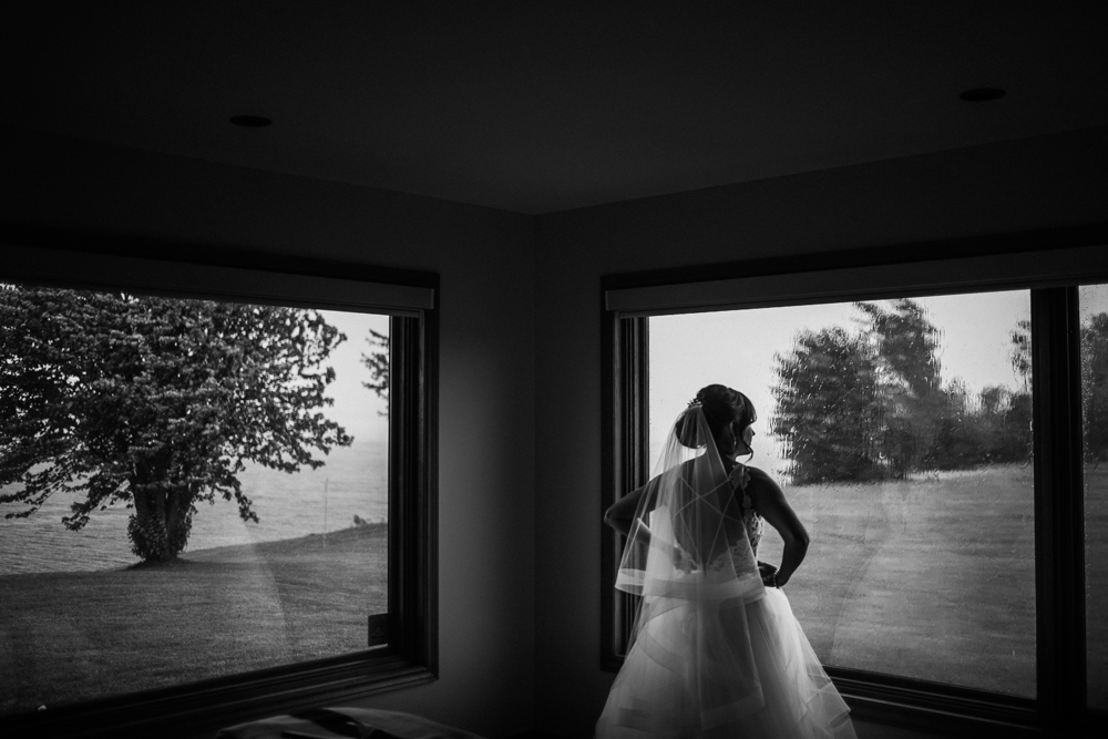 Kingston Wolfe Island rainy wedding