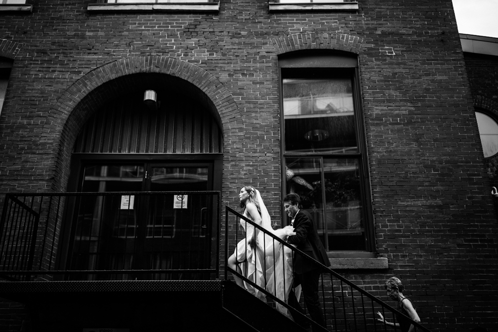L'ambroisie montreal rainy wedding-3