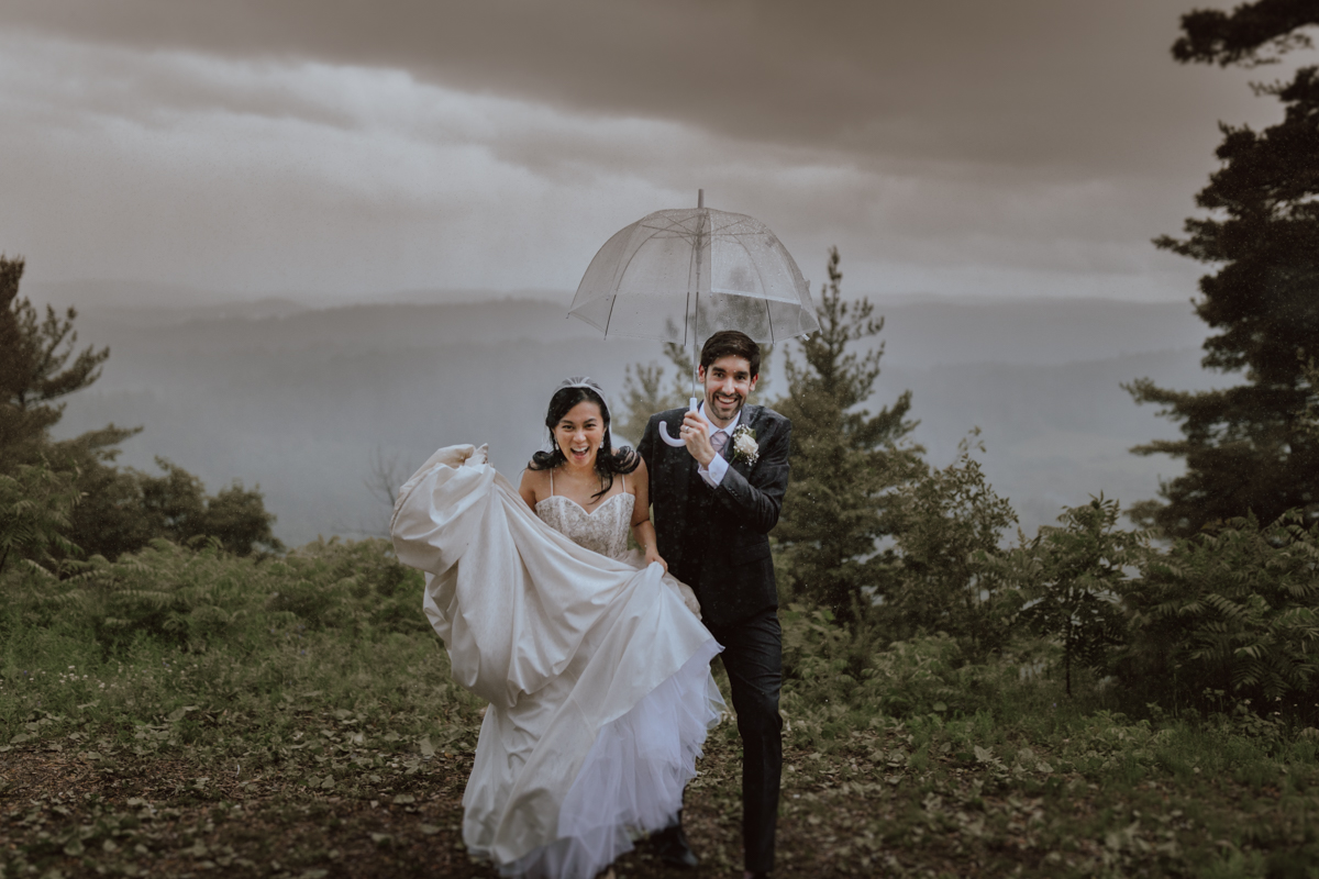 Le belvedere rainy wedding